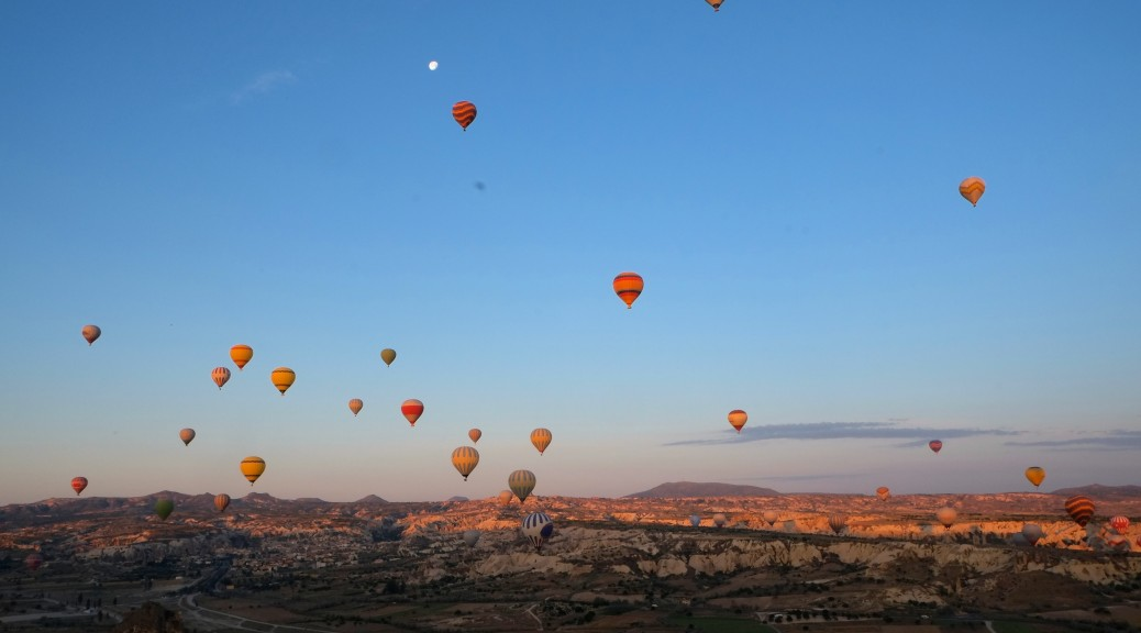 Hot air balloons in Capadocia, Turkey